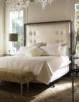Mirage Bed, Menton Lamp